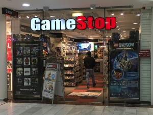 Gamestop Lugner City Videospielenat
